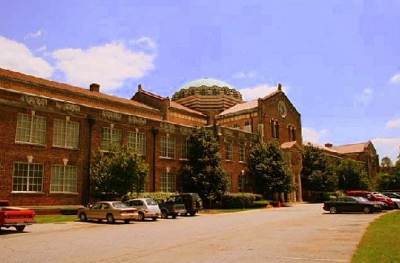 Roosevelt High Lofts Gymnasium Building
